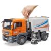 Kisautó utcaseprő teherautó műanyag Bruder 1:16