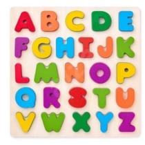 Formaválogató puzzle betűk fa táblán 26 db-os Woody