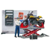 Játékautó motoros műhely motorral, figurával és kiegészítőkkel munkagép Bruder