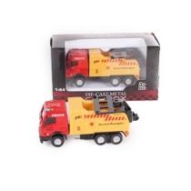 Teherautó piros-sárga fém teherautó vontató 1:64