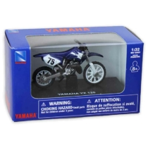 Yamaha YZ 125 fém motor műanyag borítással 1:32